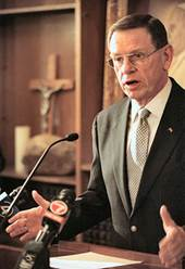 http://www.bishop-accountability.org/news2006/images2/2006_06_08_Coleman_OneTrue_ph_Thomas_Doyle.jpg